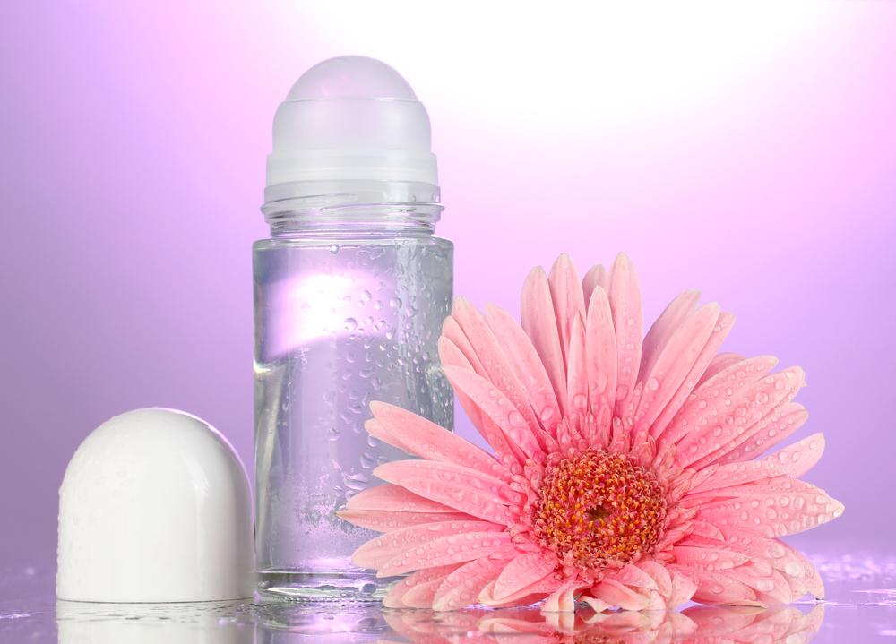 Idealny antyperspirant – jakie cechy powinien posiadać?