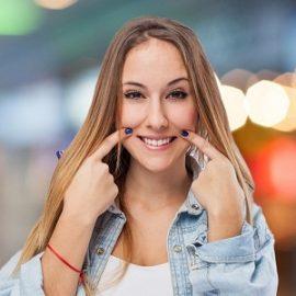 Piękny uśmiech oraz lepszy komfort życia tylko dzięki implantom