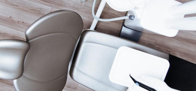 Najpopularniejsze rodzaje aparatów na zęby