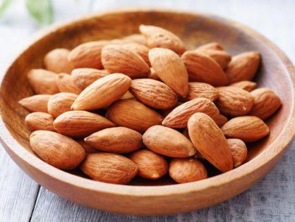 Odżywcze migdały! Właściwości, wskazania, skład, wykorzystanie w kuchni i wskazówki konsumenckie