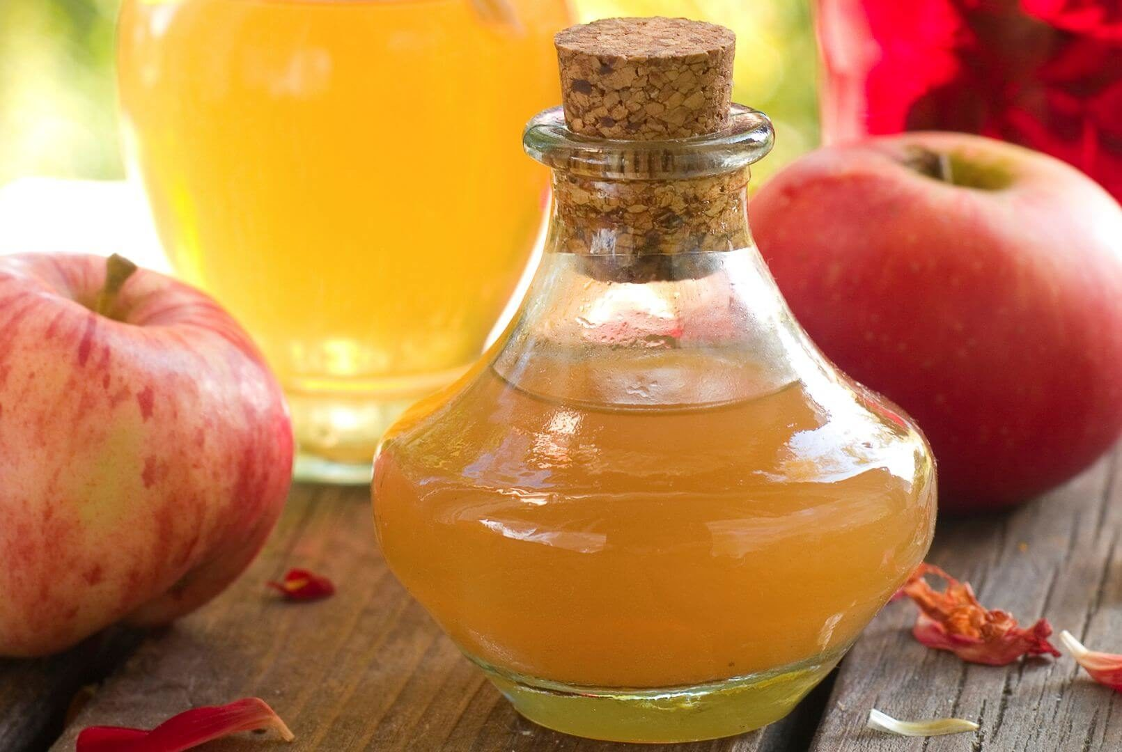 Ocet jabłkowy. Przepis, właściwości, zastosowanie, skład i zagrożenia. Hit czy kit? MINIKOMPENDIUM